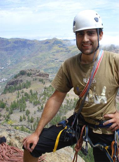 climbing roque nublo